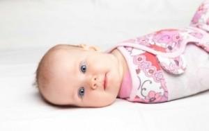 baby-swaddle-320x202